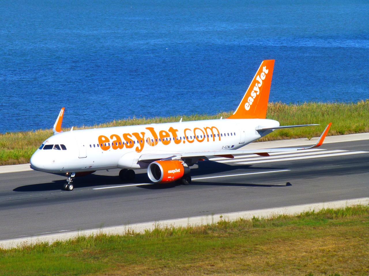 easy jet aereo